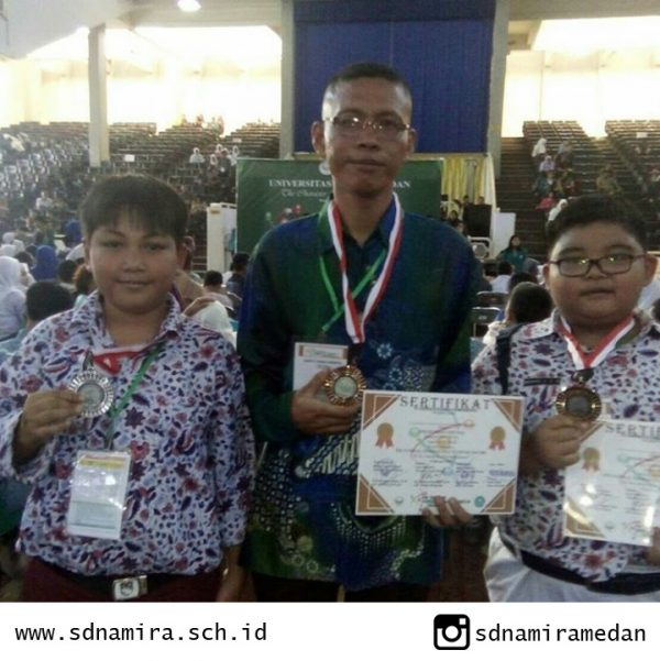 "SD NAMIRA MERAIH MEDALI DALAM PERLOMBAAN ""THE NATIONAL SCIENCE OLYMPIAD"" SE-SUMUT DI UNIMED"