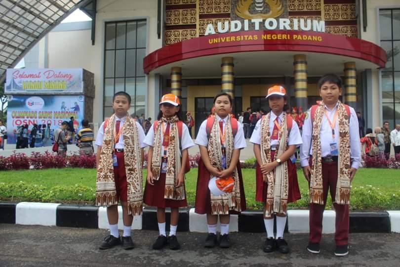 Siswa SDS Namira Atas Nama Keiza Adeeta Abiyan Fattah Lolos Olimpiade Sains Nasional (OSN) Tingkat Nasional Tahun 2018 di Padang Sumatera Barat Pada Tanggal 1-7 Juli 2018