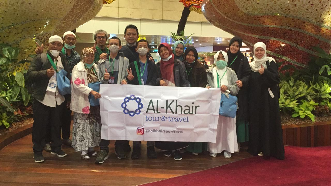 Alhamdulillah Karyawan Sekolah Namira Pak Dani dan Pak Muliono Berangkat Umroh Dari Yayasan Fajar Dinul Islam
